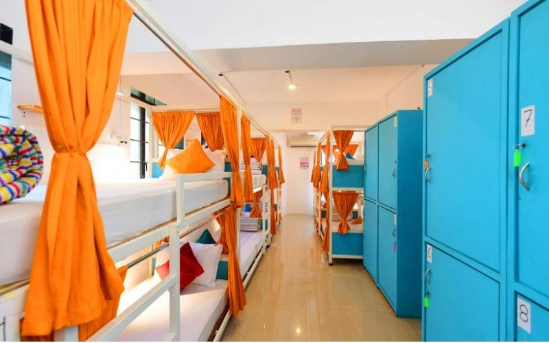 Bed in 12 Bed Mixed Dormitory Room with Shared Bathroom