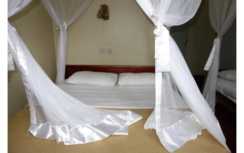 Emirina Travel Hotel
