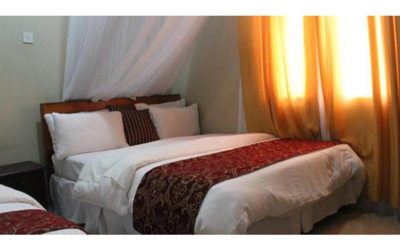 Al Nisaa Hotel