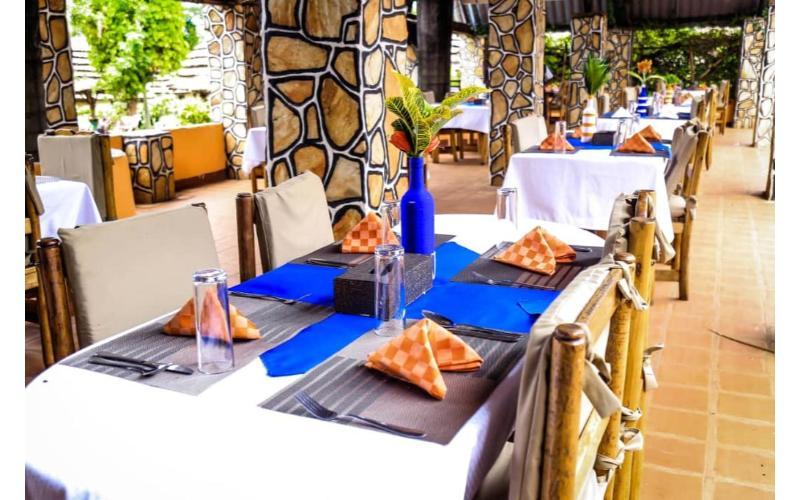 Kingfisher Safaris Resort Hotel