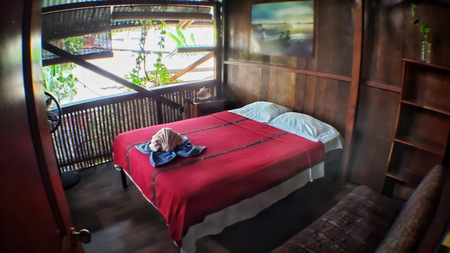 **Treehouse Style Discount Room - 1 to 2 pers. (READ DETAILS HERE BEFORE BOOKING)