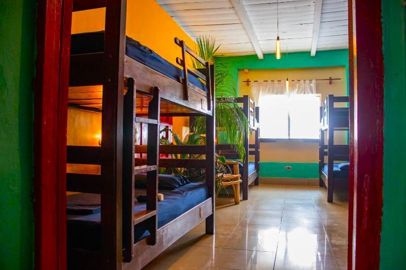 Cama en Dormitorio Deluxe con AC
