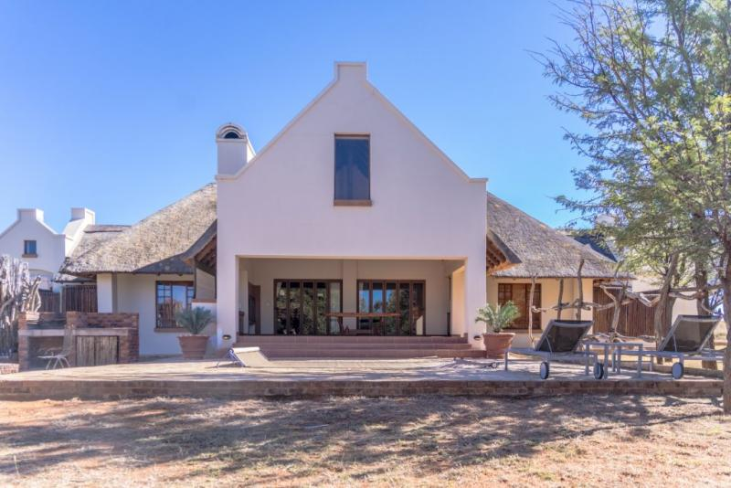 BUSHVELD DELIGHT ROOM ONLY
