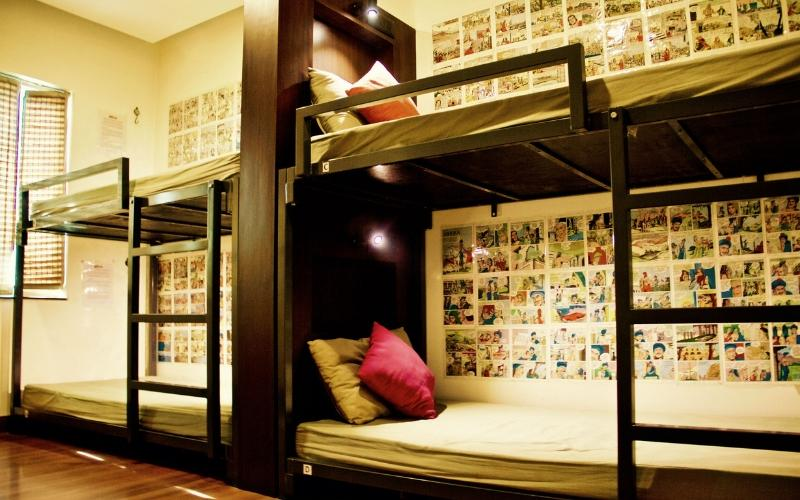 Bed in 8 Bed AC Mixed Dormitory Room with En-suite Bathroom