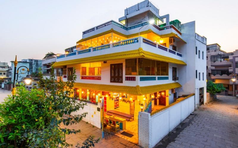goStops Varanasi