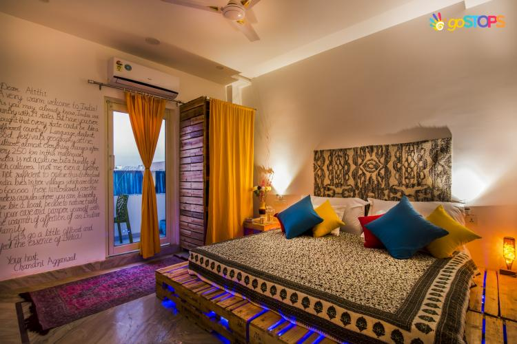 Deluxe Pvt Room with Ensuite Bath+ Free Drop for Sunrise Taj View