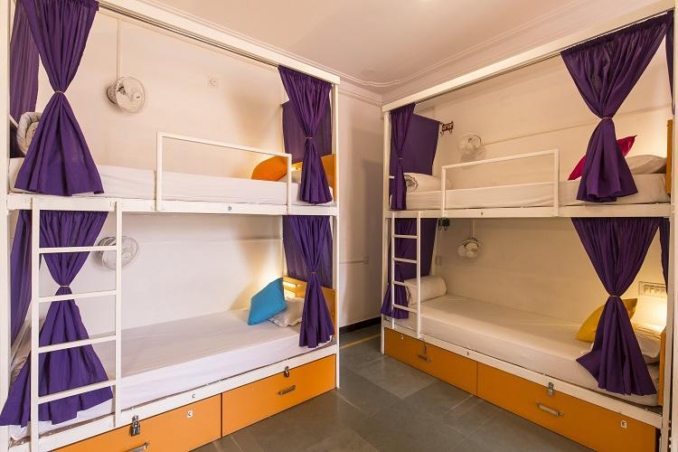 8 Bed AC Dorm Ensuite Bath